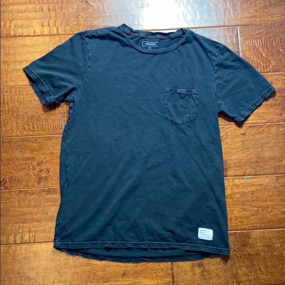 Adam Levine T-Shirt - Medium - Black